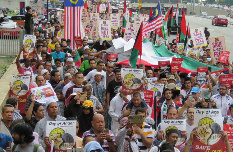 Thousands protest at US embassy in KL over move to recognise Jerusalem as Israel capital